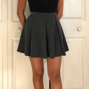 ZARA TRF GRAY PANEL CIRCLE MINI SKIRT